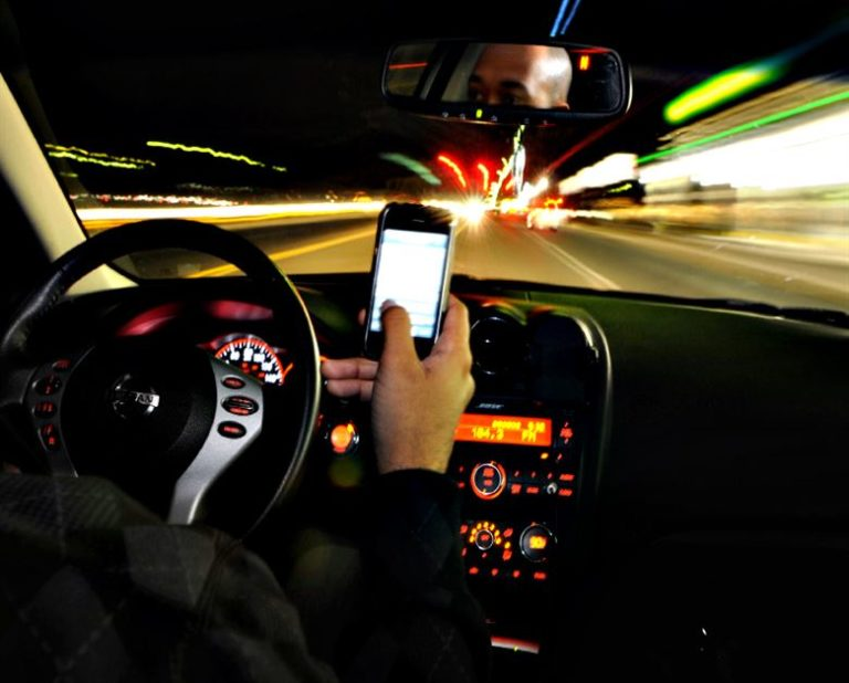 Look – No Hands! Hands-Free Driving Laws in Georgia and other states
